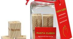 Rein ins Pasta-Vergnügen! Mit den neuen innovativen PASTA CUBES erleben Sie eine riesige Vielfalt von Pasta-Kreationen, die Ihnen unvergessliche Genüsse bereiten werden.Experimentieren Sie und entdecken Sie über 45.000 neue und einzigartige Pasta-Kreationen!Die ausgefallenen PASTA CUBES