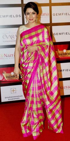 Tisca Chopra at the 11th Gemfiells & Nazrana Retail Jeweller India Awards 2015. #Bollywood #Fashion #Style #Beauty #Desi #Saree #Sari