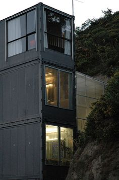 Shipping Container house Wellington New Zealand   outside-ni…   petraalsbach   Flickr