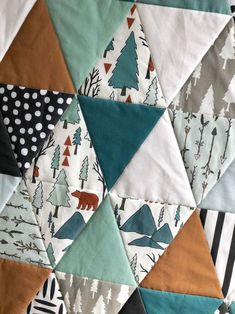 I appreciate this awesome fat quarter quilt Teal Bedding, Baby Nursery Bedding, Baby Boy Quilts, Baby Boy Blankets, Owl Quilts, Animal Quilts, Barn Quilts, Boys Quilt Patterns, Owl Patterns