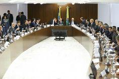 """BLOG ÁLVARO NEVES """"O ETERNO APRENDIZ"""" : GOVERNO TEMER SENTA COM A BASE ALIADA PROPÕE TETO ..."""