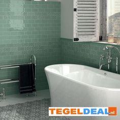 Tegels Limburg - Jade / groen, 7,5x15 cm á 34,00 euro/m2, Friese 'witjes', handvorm wandtegel - Tegeldeal.nl