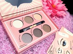 Essence Cosmetics 2015 Fall/Winter Collection! Nude palette
