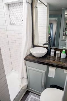 camper wallpaper - 35 Best RV Bathroom Storage Ideas to Try Right Now Mobile Living, Remodel, Rv Decor, Remodeled Campers, Bathroom Makeover, Home Remodeling, Bathroom Storage, Small Bathroom