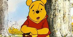 Deze vriendelijke beer is zoveel meer dan alleen een knuffel: in de avonturen die uit de fantasie van A.A. Milne ontsproten zitten vol levenslessen die voor volwassen net zo relevant zijn als voor kinderen.