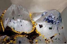 Quartz with Chalcopyrite inclusions and Goethite - Clara Mine, Rankach valley, Oberwolfach, Wolfach, Black Forest, Baden-Württemberg, Germany FOV : 2.97 mm