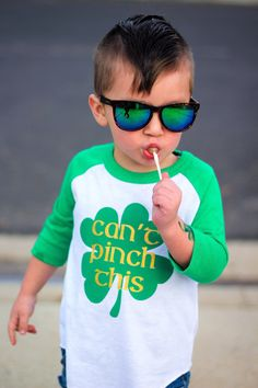 Can't pinch this t shirt for kids st Patrick's day patricks day outfit Funny Saint Patrick's Day Shirts To Steal The Show Baby Shirts, Shirts For Girls, Kids Shirts, Cool T Shirts, Funny Shirts, Costume Saint Patrick, St Patrick's Day Costumes, Costume Ideas, St Patrick's Day Outfit