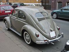 Best classic cars and more! Ferdinand Porsche, Bentley Mulsanne, Convertible, Best Classic Cars, Mini Trucks, Vw Cars, Vw Beetles, Vw Camper, Street Rods