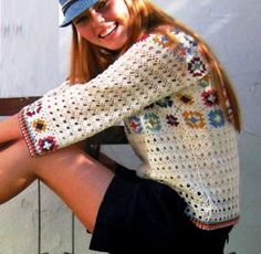 It is a website for handmade creations,with free patterns for croshet and knitti. Punto Red Crochet, Crochet Summer Dresses, Crochet Clothes, Pull, Handicraft, Fingerless Gloves, Arm Warmers, Diy Design, Crochet Projects