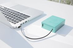 Finally, a portable battery designed for the MacBook | Cult of Mac