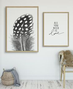 A Scandinavian style spotted feather in black, white & grey tones. This original photographic fine art print by Olive et Oriel is Natural, simplistic beauty at its best. This beautifully detailed photographic art print or poster design will add a modern feel to your beautiful home.