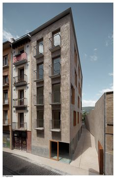 Gallery of Social Housing in Pamplona / Pereda Pérez Arquitectos - 12