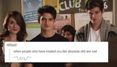 Agh, i loved this moment! Wolf Watch, Teen Wolf Funny, Wolf Love, Sterek, Dylan O'brien, Best Shows Ever, Movies And Tv Shows, Bullying, I Laughed