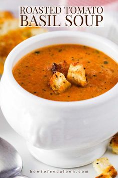 This roasted tomato basil soup is the perfect comfort food. Fry up a yummy grilled cheese sammy for dunking, and you'll be in heaven! Soup Recipes, Vegetarian Recipes, Cooking Recipes, Healthy Recipes, Delicious Recipes, Vegetarian Barbecue, Healthy Soups, Vegan Meals, Diet Recipes