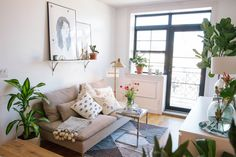 Small living room in the home of Viktoria Dahlberg - photography by Anna Ottum