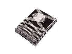 Elegantné čierno-biele prevedenie tejto deky z nej robí štýlový doplnok do…
