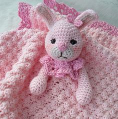 Bunny Huggy Blanket by Crews | Crocheting Pattern