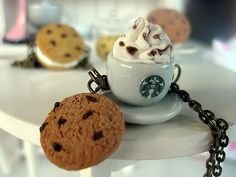 Starbucks Coffee with Cookie Bronze Necklace _ Dollhouse Scale Miniature Food _ Polymer Clay _ Foodie Gift by MarisAlley on Etsy Ceramic Cups, Starbucks Coffee, Miniature Food, Tarts, Cookie Recipes, Coffee Cups, Polymer Clay, Scale, Miniatures