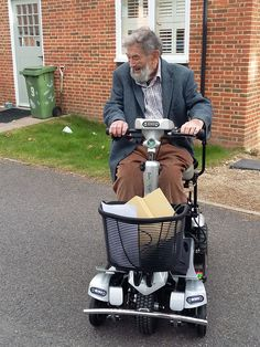Mr Clarke taking delivery of his new Flyte mobility scooter get your demo here http://contact.quingoscooters.com/social-mobility-scooters