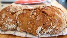 Du klarer ikke bake bedre brød enn det her. I Love Food, Good Food, Yummy Food, Bread Starter, Norwegian Food, Norwegian Recipes, Scandinavian Food, No Knead Bread, Everyday Food