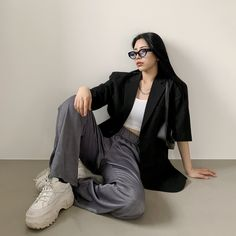 black-up kfashion korean fashion Korean Girl Fashion, Ulzzang Fashion, Korean Street Fashion, Kpop Fashion Outfits, Tomboy Fashion, Edgy Outfits, Mode Outfits, Cute Casual Outfits, Asian Fashion