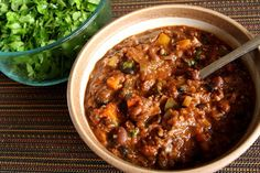 The Healthy Happy Wife: Vegetarian Chili or is Chilli? (Dairy, Gluten Free, with BPA Free Option)