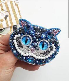 Seed Bead Jewelry, Seed Beads, Beaded Jewelry, Beaded Brooch, Sugar Art, Felt Ornaments, Beaded Embroidery, Needlework, Cuff Bracelets