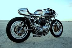 "So Sweet! '72 Triumph Bonneville - ""Silver Wasp"""