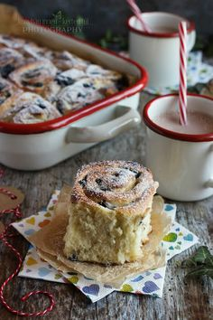 Scones, Muffin, Brunch, Food And Drink, Pudding, Bread, Cookies, Breakfast, Cake