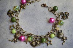 Bracelet fantaisie bronze breloques et perles de verre : Bracelet par les-babioles-de-sandrine