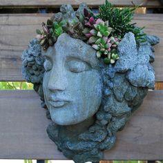gardening on my mind....always....>> ditto!