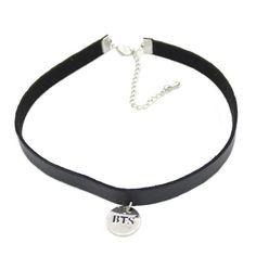 Black Leather Choker, Leather Choker Necklace, Collar Necklace, Black Choker, Colar Do Bts, Punk, Ideas Joyería, Bts Clothing, Body Jewelry Shop