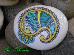 pedra stone by Lia Oliveira ( doce abóbrinha ), via Flickr