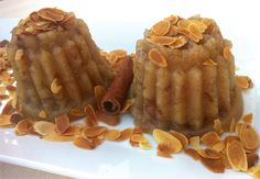 Greek Halva recipe (Semolina Pudding with Raisins)