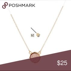 """NEW! Necklace Set-Rose Gold Druzy Stone & Studs🔮 NWT-Gold tone Necklace set with a Rose Gold Druzy Stone. Set comes with Stud Earrings. Chain is approximately 16"""" in length. Jewelry Necklaces"""