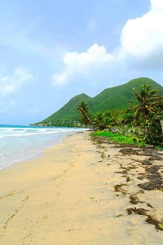 Le Diamant Beach, Martinique On travel website Rum Therapy guest post by Laura Albritton