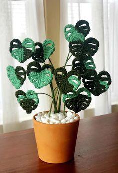 Crochet Flower Tutorial, Crochet Flower Patterns, Crochet Flowers, Crochet Cactus, Crochet Leaves, Crochet Gifts, Diy Crochet, Crochet Projects, Diy Projects