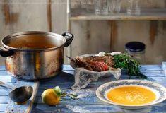 Οι Συνταγές της Μαμάς   Argiro.gr Food Categories, Paros, Mediterranean Recipes, Greek Recipes, Fish And Seafood, Moscow Mule Mugs, Recipies, Food And Drink, Meals