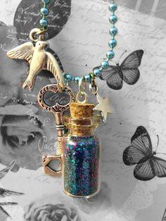 Blue Glitter filled bottle charm necklace Jar Jewelry, Bottle Jewelry, Bottle Charms, Bottle Necklace, Jewelry Crafts, Jewelry Art, Jewelry Making, Jewellery, Diy Bottle