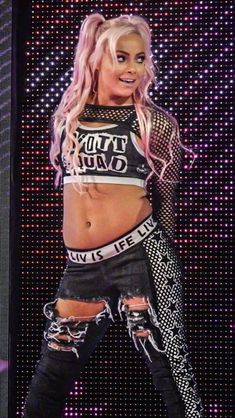 Liv Morgan💖 *photo credits to owner! All Wwe Divas, Total Divas, Wwe Outfits, Wrestling Divas, Women's Wrestling, Wwe Girls, Wwe Female Wrestlers, Wwe Wallpapers, Raw Women's Champion