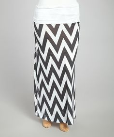 Coated in cool comfort notes, this maxi skirt lends a fluid fit for a casual day. Enjoy a laid-back look with this sublime separate thanks to stretch-blend fabric and an elasticized fold-over waistband that gently hugs hips.