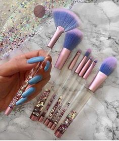 Makeup & Skin Care: The Types of Makeup Brushes you Need to Know Beauty Make-up, Hair Beauty, Types Of Makeup, Cute Makeup, Makeup Style, Unique Makeup, Stunning Makeup, Natural Makeup, Natural Beauty
