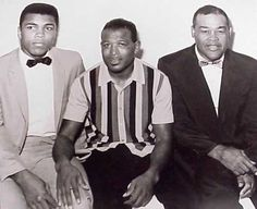 This picture is truly legendary. Muhammad Ali, Sugar Ray Robinson, and Joe Louis. These three men are All Time Greats. Legends. We don't have legends like this anymore.