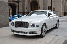 2017 Bentley Mulsanne, i love bentleys because they are more of a classic and comfy car, and in a lot of the newer cars you dont get that
