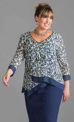 We sell comfortable, stylish Plus Size Clothing for women size to including extended & super size shirts, blouses, pants, underwear. Plus Size Blouses, Plus Size Tops, Plus Size Dresses, Plus Size Women, Plus Size Outfits, Looks Plus Size, Plus Size Kleidung, Big Girl Fashion, African Fashion