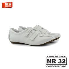 Tenis conforto em velcro #linhabranca #koquini #sapatilhas #euquero Compre Online: http://koqu.in/1Y4ABjU