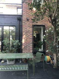 Courtyard Cafe, Terrace Garden, Industrial Home Design, Industrial House, Outdoor Spaces, Outdoor Living, Outdoor Decor, Green Garden Furniture, Living Etc