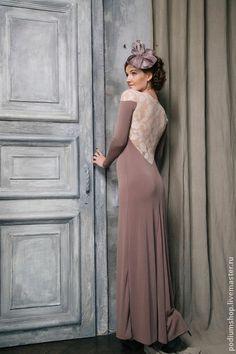 Платье капуччино с гипюром. Handmade.