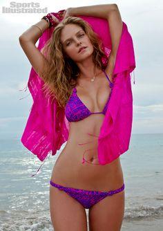 dcf09dc3ba want that swim suit. Sports Illustrated