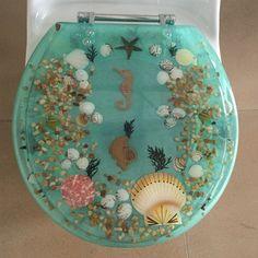 Daniels Bath Sea Treasure Decorative Round Toilet Seat Color: Green